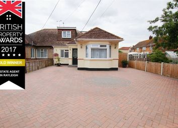 Thumbnail 4 bed property for sale in Queen Elizabeth Chase, Move Straight In!, Rochford, Essex