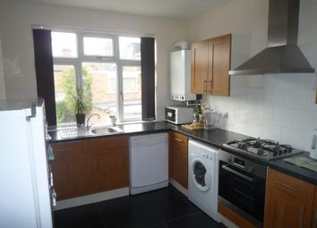 Thumbnail 3 bedroom flat to rent in High Road, Beeston