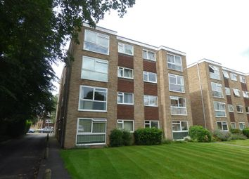 Thumbnail 1 bed flat to rent in Harcourt Road, Wallington