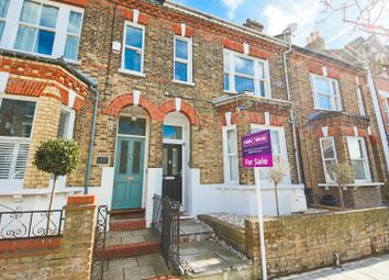 Thumbnail 1 bed flat for sale in Thurlow Hill, London