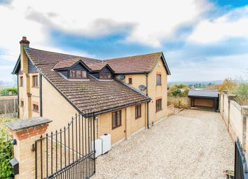 Thumbnail 5 bed detached house to rent in Mott Street, Loughton