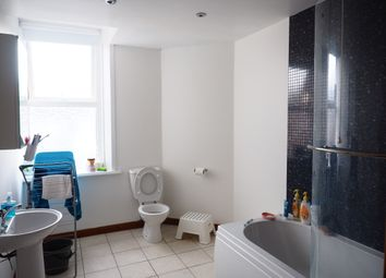 Thumbnail 5 bed maisonette to rent in Doncaster Road, Newcastle