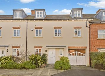 3 bed town house for sale in Whittingham Avenue, Wendover, Aylesbury HP22
