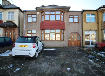 Thumbnail 4 bed detached house to rent in Clayhall Avenue, Ilford, Essex