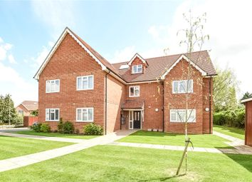 Thumbnail 2 bed flat to rent in Elm Road, Earley, Reading, Berkshire
