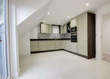 Thumbnail 2 bedroom flat to rent in Green Close, Brookmans Park, Hertfordshire