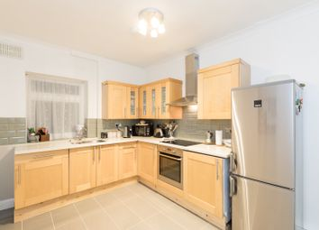 Thumbnail 2 bed flat to rent in Grange Court, London