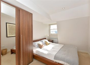Thumbnail 2 bedroom flat for sale in Coleherne Road, Chelsea, London