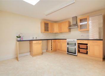 Thumbnail 3 bed flat to rent in Marlborough Street, Faringdon, Oxfordshire
