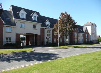 2 bed flat to rent in Hebers Court, Whalley Road, Middleton M24