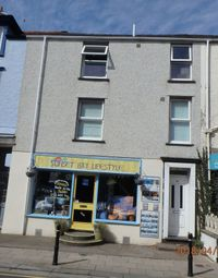 Thumbnail 2 bed flat to rent in High Street, Tywyn