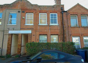 2 bed flat for sale in West End Lane, High Barnet, Hertfordshire EN5