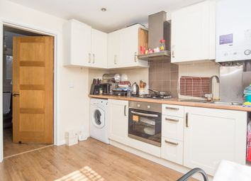 Thumbnail 1 bedroom flat to rent in Elderfield Road, Clapton