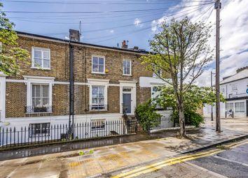 2 bed maisonette for sale in Downham Road, London N1