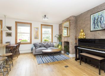 Thumbnail 2 bed flat for sale in Evering Road, London