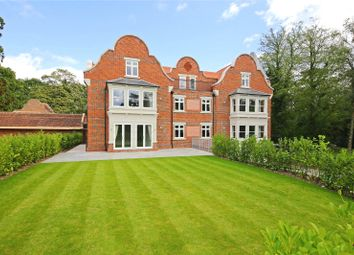Thumbnail 2 bed flat for sale in Hillside Manor, Brookshill, Harrow Weald, Middlesex