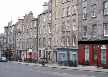 2 bed flat to rent in Broughton Street, New Town EH1