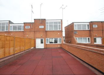 Thumbnail 2 bed flat to rent in Queens Court, Bishops Walk, Tewkesbury