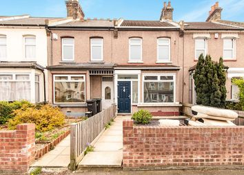 3 bed semi-detached house to rent in Cross Lane East, Gravesend DA12