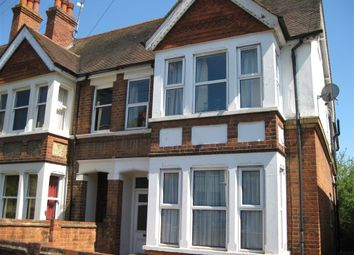 Thumbnail 2 bed flat to rent in St Annes Road, Caversham, Reading, Berkshire