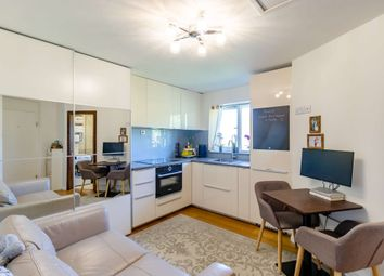 Brassey Road, London NW6. 1 bed flat