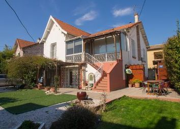 Thumbnail 3 bed property for sale in Avignon, Vaucluse, France