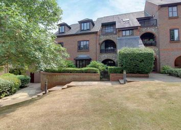 Thumbnail 2 bed flat for sale in Kingsmead Road, High Wycombe