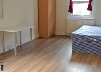 Thumbnail Room to rent in Stanhope Gardens, London
