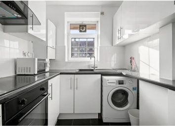 Thumbnail 3 bed flat to rent in Beechwood House, London
