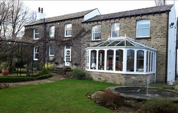 Thumbnail Commercial property for sale in 98 Burn Road, Birchencliffe, Huddersfield, West Yorkshire