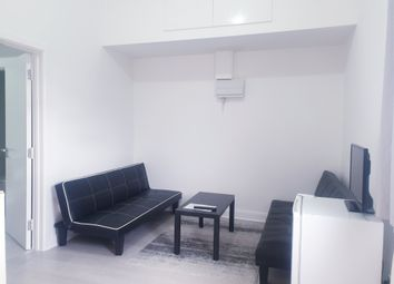 1 bed flat to rent in The Burroughs, London NW4