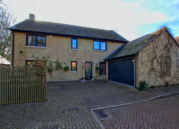 Thumbnail 5 bed detached house for sale in Southacre Close, Cambridge