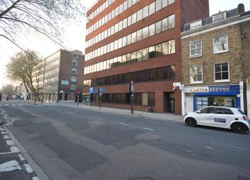 Thumbnail 6 bed flat to rent in Gray's Inn Road, London