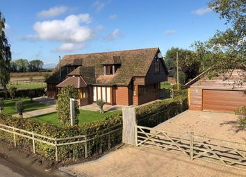 Thumbnail 5 bed barn conversion to rent in Warehorn Road, Ash, Canterbury