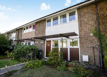 Thumbnail 4 bed property to rent in Robin Way, Guildford