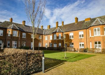 Thumbnail 4 bed flat to rent in Ridgeway Court, Cholsey, Wallingford
