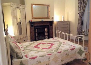 Thumbnail Room to rent in Craven Avenue, Plymouth
