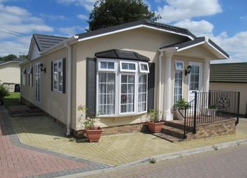 Thumbnail 2 bedroom mobile/park home for sale in Millers Way, Pilgrims Retreat (5389), Harrietsham, Kent