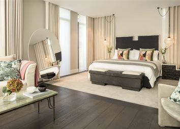 Thumbnail 3 bedroom flat for sale in Young Street, London
