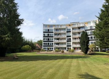 3 bed flat for sale in Penton Hall Drive, Staines Upon Thames TW18