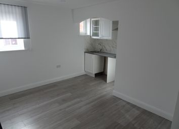 Thumbnail 1 bedroom flat to rent in Leven Way, Hayes