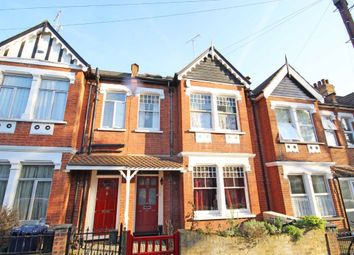 4 bed property to rent in Lawn Gardens, London W7