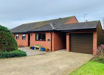 Thumbnail 3 bed bungalow to rent in Hillcrest, Evesham