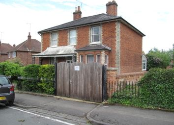 Thumbnail 7 bed detached house to rent in Hamilton Road, Reading