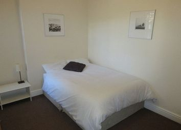 Thumbnail 1 bed property to rent in South End, South Croydon