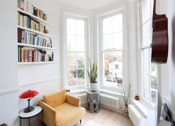 Camberwell Grove, Camberwell SE5. 1 bed flat for sale
