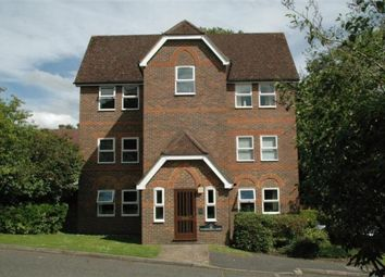 Thumbnail 2 bed flat to rent in Malmers Well Road, High Wycombe