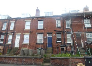 2 bed property to rent in Clovelly Avenue, Beeston LS11