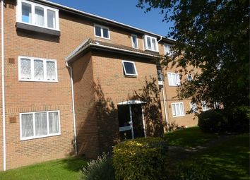 Thumbnail 1 bedroom flat for sale in Pickwick Close, Hounslow, Middlesex