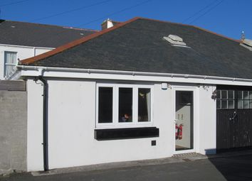 Thumbnail Studio to rent in York Road, Torpoint
